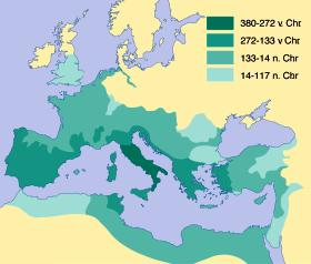 Vanaf de vierde eeuw voor Christus breidden de Romeinen hun macht steeds verder uit. Begin tweede eeuw na Christus was het rijk op zijn grootst en besloeg half Europa, Noord-Afrika en een deel van het Nabije Oosten. (Kaart: Reijers Kartografie)